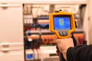 pomiary-sczelnosci-instalacji-kamera-termowizyjna